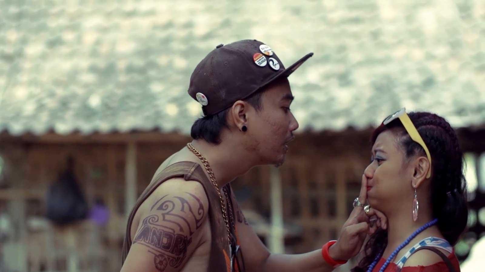 sepuluh-film-indonesia-pilihan-2015_neng-kene-aku-koe