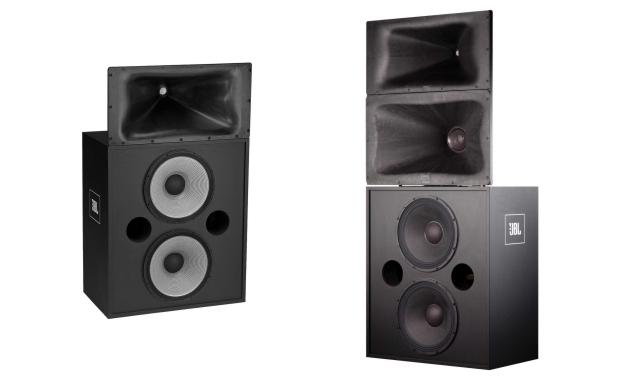 Speaker sistem Two-Way (kiri) dan Three-Way (kanan)