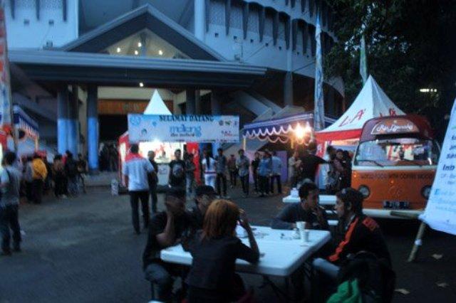 Malang Film Festival 2012 jelang malam hari