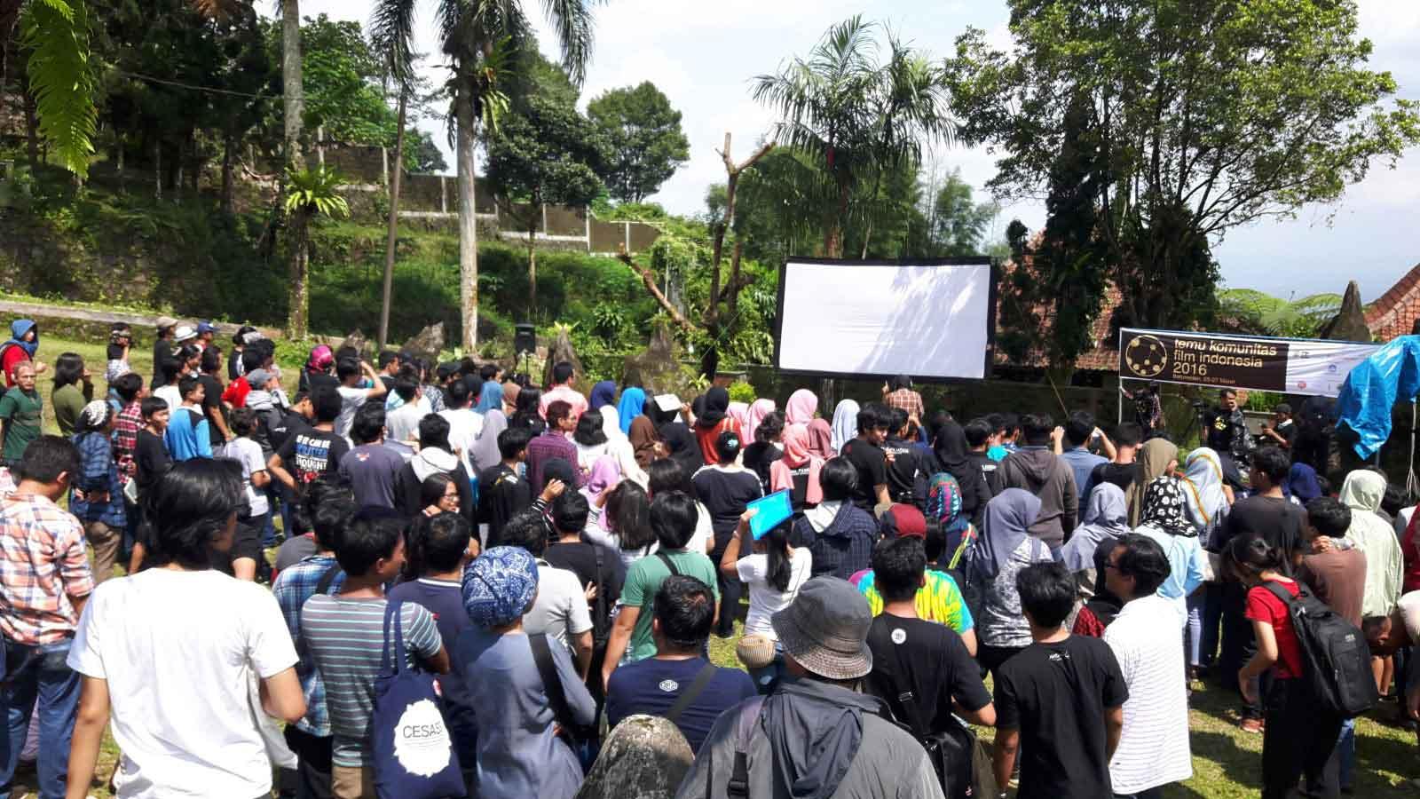 Berbagai pegiat komunitas film dari berbagai kota berkumpul